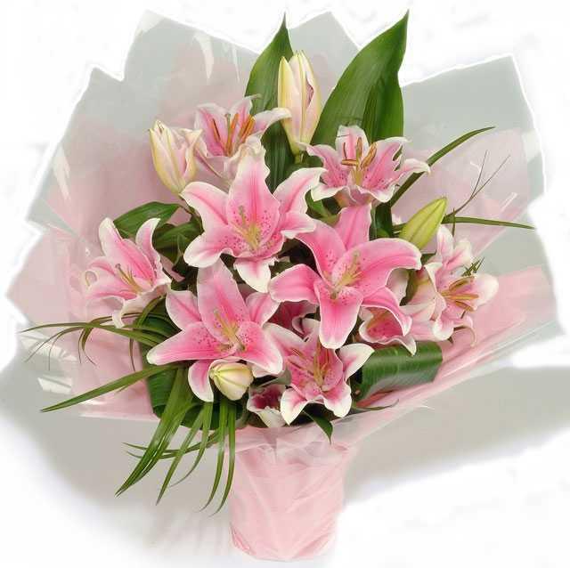 Открытка с днем рождения букет лилий